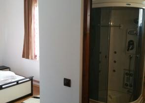 camera cu baie 5